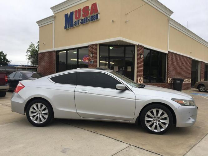 2009 SILVER HONDA ACCORD EXL (1HGCS22829A) with an 3.5L engine, Automatic transmission, located at 3145 N Beach st, Fort worth, TX, 76111, (817) 222-1289, 32.801109, -97.290657 - Photo #0