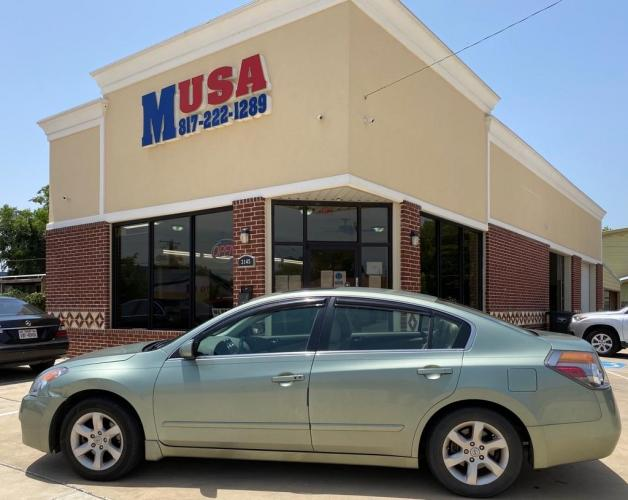 2008 Green NISSAN ALTIMA 2.5 (1N4AL21E18C) with an 2.5L engine, Continuously Variable transmission, located at 3145 N Beach st, Fort worth, TX, 76111, (817) 222-1289, 32.801109, -97.290657 - Photo #0