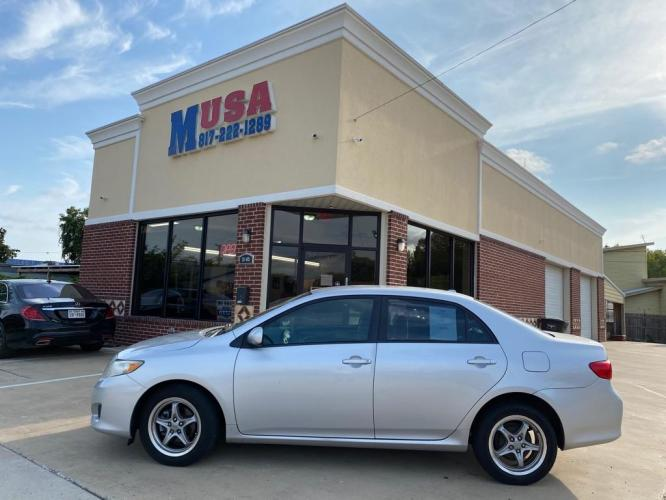 2009 Silver TOYOTA COROLLA BASE (1NXBU40E69Z) with an 1.8L engine, Automatic transmission, located at 3145 N Beach st, Fort worth, TX, 76111, (817) 222-1289, 32.801109, -97.290657 - Photo #0